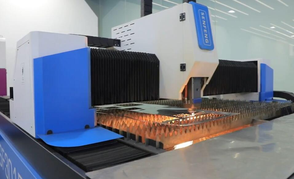 Skills of cutting different metal materials with steel laser cutter machine